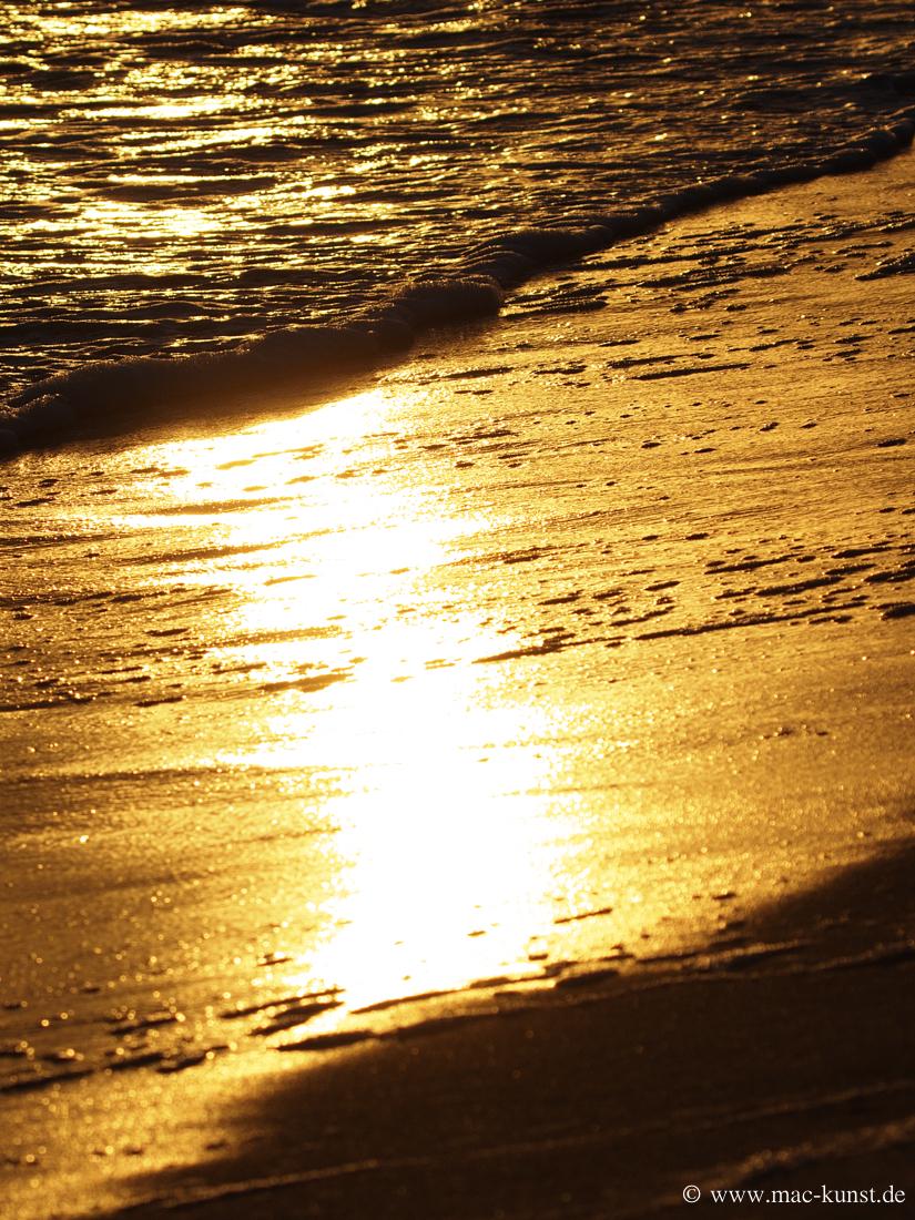Beach-Gold